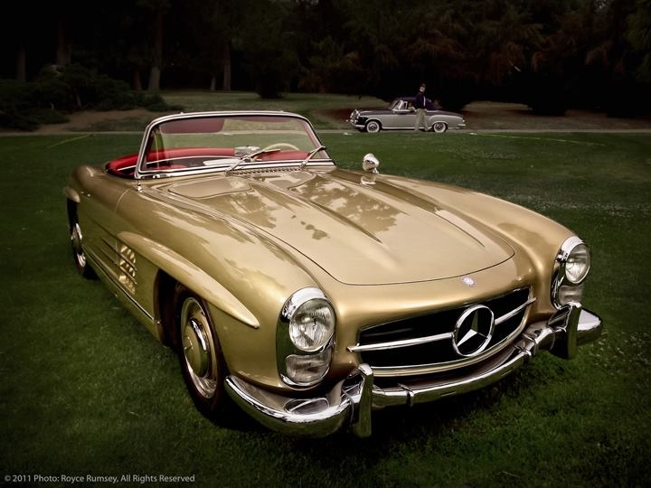 The 1958 mercedes benz 300 sl roadster autothing for Mercedes benz hardtop convertible 2014
